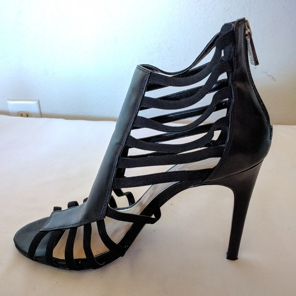 25a86262a628 Jessica Simpson Shoes - Jessica Simpsons 8.5M Black back zip Strapy heels